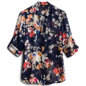 Kut from the Kloth button down blouse NWT Sz L